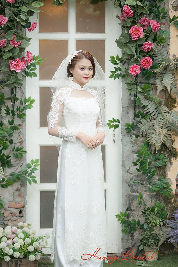 xu-huong-lua-chon-nhung-mau-ao-dai-cuoi-trong-nam-2018. 2